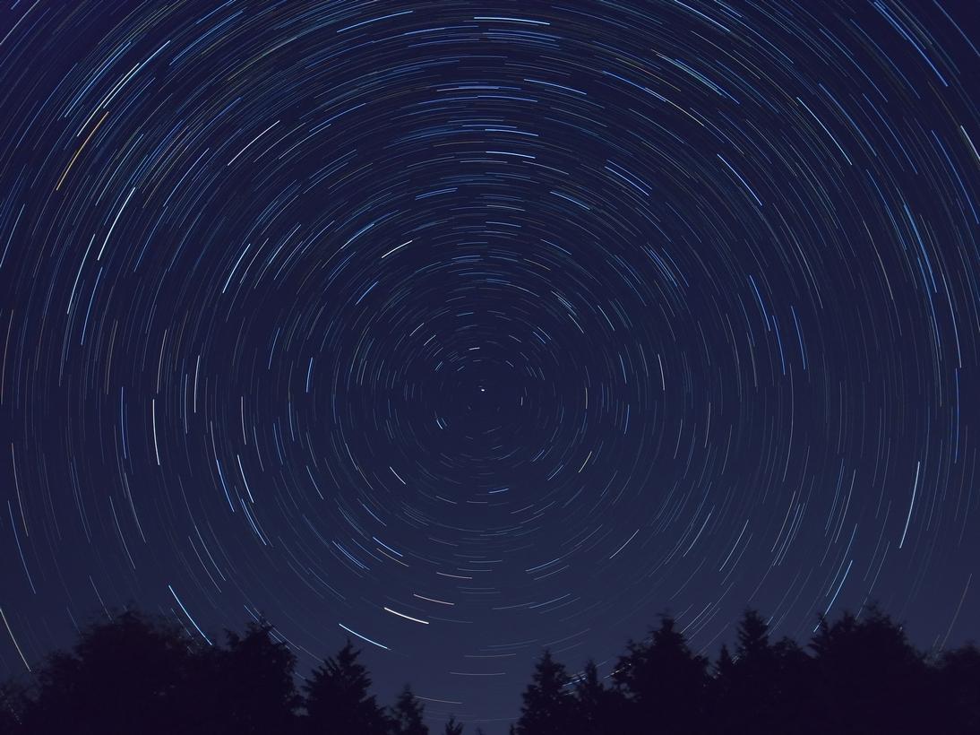 月別: 2012年11月11月24日天文教室オーロラに行ってきました。とりあえず1枚がんばるコンデジ(光跡写真)堂平合宿 集合写真またまた、大きなプロミネンス合宿の時の星野写真